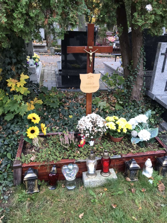 Łódź grób dzieci utraconych
